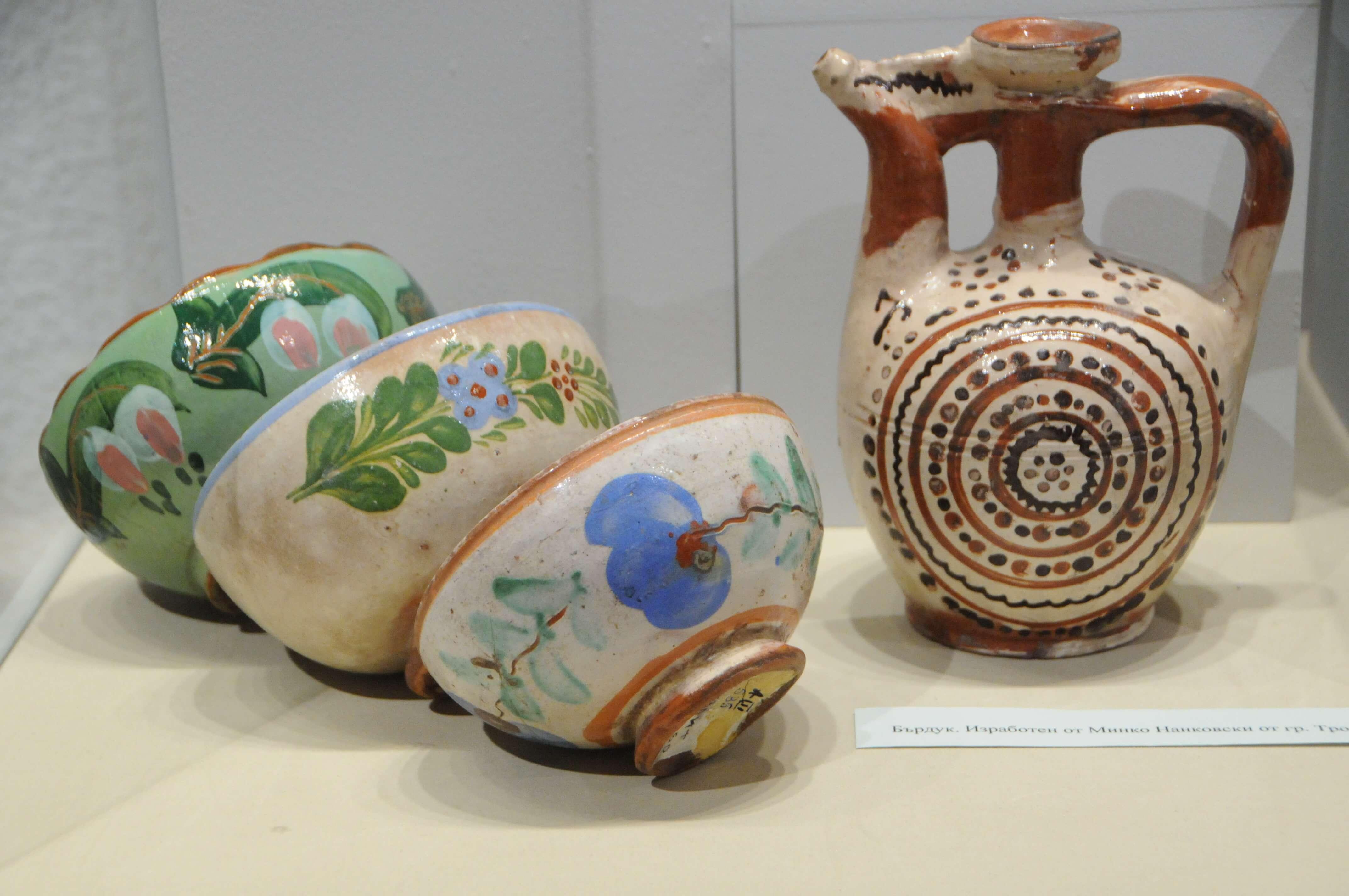 bogatstvoto-na-troyanskata-keramika (11)