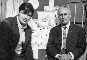 Пенчо Балкански със сина си Александър при завършване на Академията