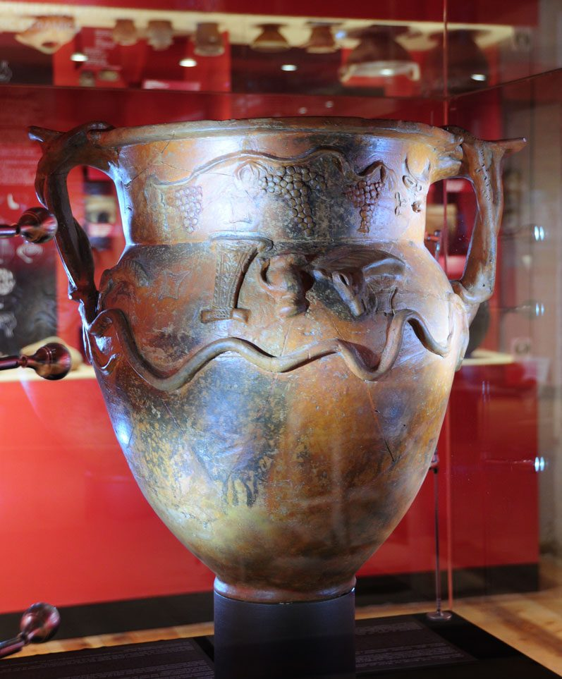 troyan-museum-krater