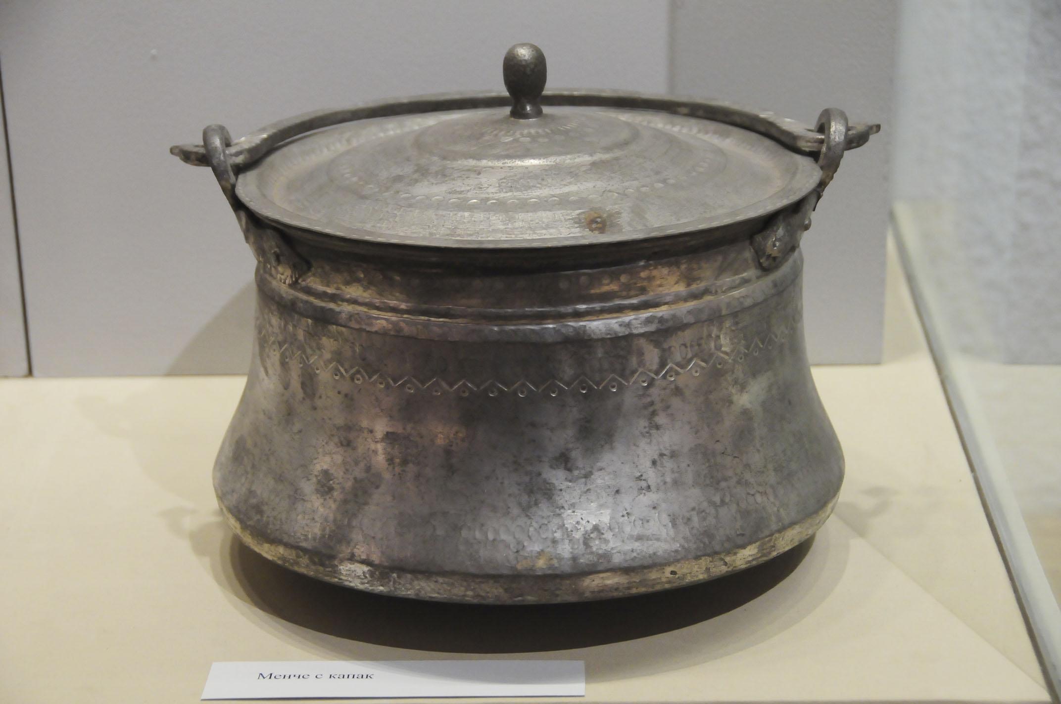 troyan-museum-mednikarstvo-ot-troyanskiq-krai-18