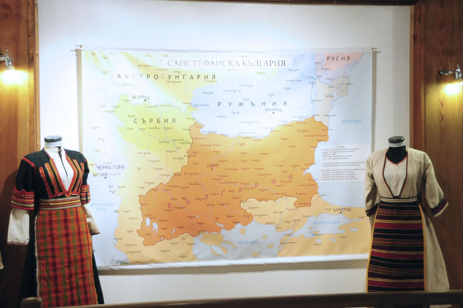 troyan-museum-ot-kinocentara-do-muzeinata-vitrina-7