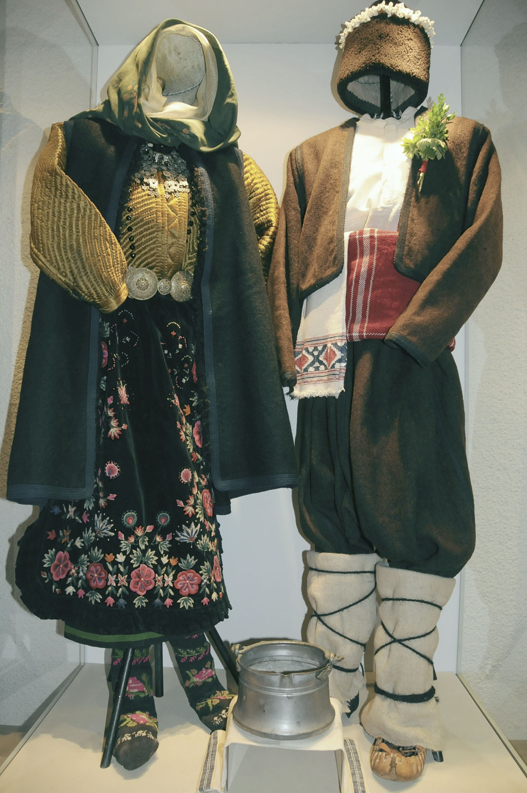 troyan-museum-svatben-spomen-5
